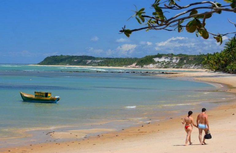 Qué documentación llevar a Brasil cuando se viaja con hijos?